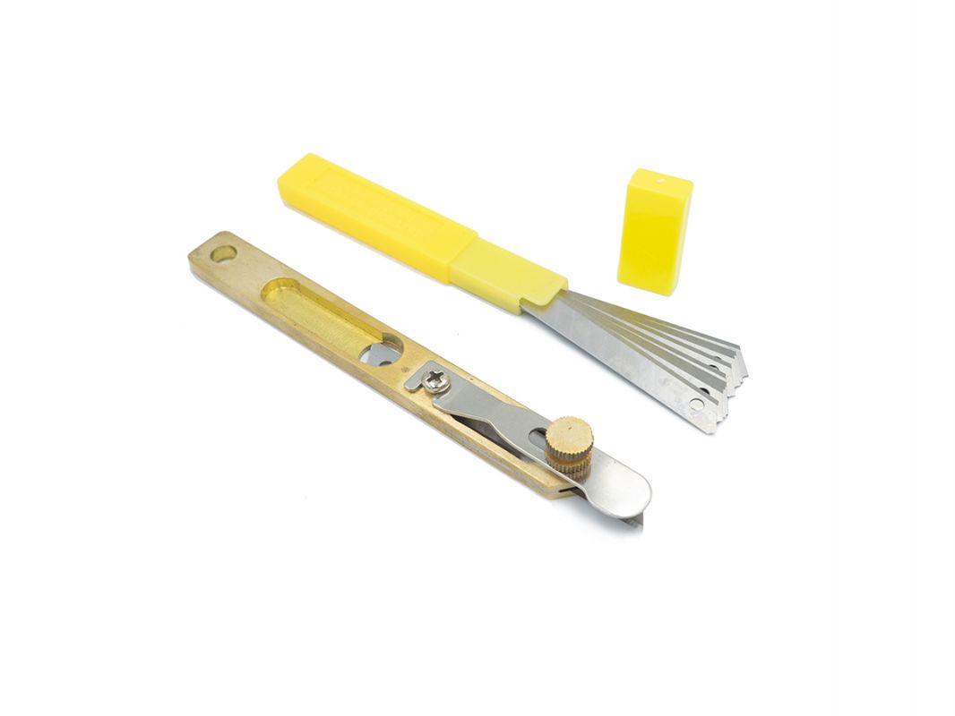 nůž na úzké řemínky